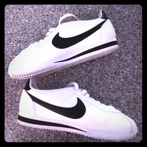 check out daf81 d2b87 White Leather Nike Cortez Sneakers-Like New